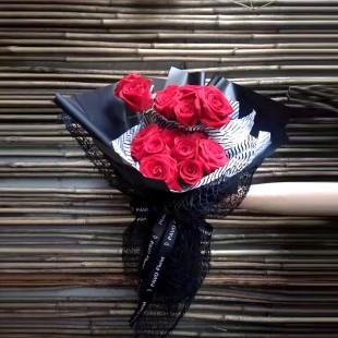 【U定制-大毛花艺】《两心相依》相伴翩翩双翼飞,两心相依不分离!11朵玫瑰花束